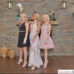 Allie Nicole in 'VR Naughty America' Allie Nicole, Emma Hix, and Kiara Cole fuck date before Prom (Thumbnail 1)