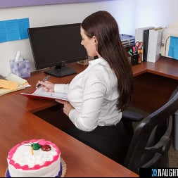Angela White in 'VR Naughty America' gets a birthday surprise then gives a thankful surprise! (Thumbnail 1)
