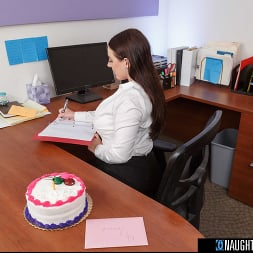 Angela White in 'VR Naughty America' gets a birthday surprise then gives a thankful surprise! (Thumbnail 100)