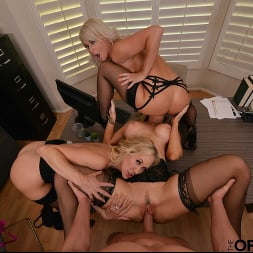 Brandi Love in 'VR Naughty America' Brandi Love, Kayla Paige, and London River bang the new guy for meeting the sales quota (Thumbnail 91)