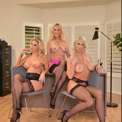 Brandi Love in 'VR Naughty America' Brandi Love, Kayla Paige, and London River bang the new guy for meeting the sales quota (Thumbnail 169)