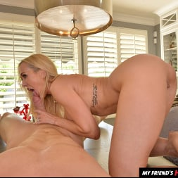 Brandi Love in 'VR Naughty America' wants you to use your big thick tool on her MILF pussy!! (Thumbnail 84)