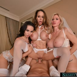 Casca Akashova in 'VR Naughty America' The bride, Casca Akashova, and her bridesmaids, Crystal Rush and McKenzie Lee, have one last hurrah together before the ceremony (Thumbnail 96)