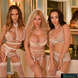 Casca Akashova in 'VR Naughty America' The bride, Casca Akashova, and her bridesmaids, Crystal Rush and McKenzie Lee, have one last hurrah together before the ceremony (Thumbnail 239)