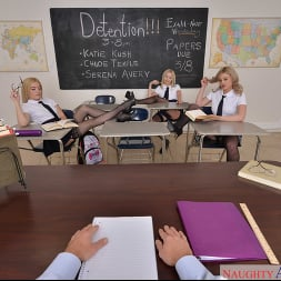 Chloe Temple in 'VR Naughty America' Chloe Temple, Katie Kush, and Serena Avery have fun after class (Thumbnail 168)