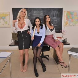 Diamond Kitty in 'VR Naughty America' Detention time with Diamond Kitty, Nina Elle, and Tia Cyrus (Thumbnail 112)