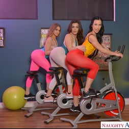 Diana Grace in 'VR Naughty America' All that ASS with Diana Grace, Kenzie Madison, and Kimber Woods (Thumbnail 24)