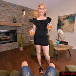 Eve Laurence in 'VR Naughty America' Dirty Wife Eve Laurence Has Revenge Sex When She Finds Out Husband Is Cheating (Thumbnail 125)