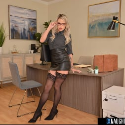 Harmony Rivers in 'VR Naughty America' Blonde babe Harmony Rivers fucks you to make a good impression on her job interview!! (Thumbnail 1)