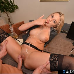 Harmony Rivers in 'VR Naughty America' Blonde babe Harmony Rivers fucks you to make a good impression on her job interview!! (Thumbnail 108)