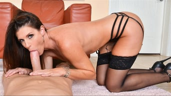 India Summer in 'MILF Experience'