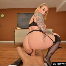 Ivy LeBelle in 'VR Naughty America' Busty professor Ivy LeBelle demonstrates her sex education to you!!! (Thumbnail 91)