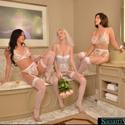Jennifer White in 'VR Naughty America' Bride and her bridesmaids share a stranger's cock one last time (Thumbnail 182)