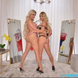 Katie Morgan in 'VR Naughty America' BFFs Katie Morgan and Nina Elle take a trip to the notorious dressing room (Thumbnail 143)