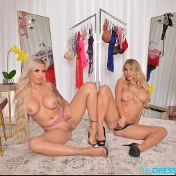 Katie Morgan in 'VR Naughty America' BFFs Katie Morgan and Nina Elle take a trip to the notorious dressing room (Thumbnail 182)