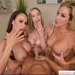 Kayla Paige in 'VR Naughty America' Masseuse MILFs Kayla Paige, Lilly James, and McKenzie Lee, take extra special care of YOU on your lunch break (Thumbnail 176)