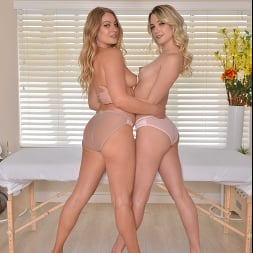 Kenna James in 'VR Naughty America' The Deluxe Spa Package Includes Kenna James and Veronica Weston Taking Care of Your Cock (Thumbnail 209)