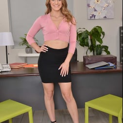 Kenzie Madison in 'VR Naughty America' Kenzie fucks you at your office (Thumbnail 1)