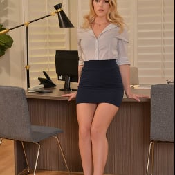 Leah Lee in 'VR Naughty America' needs a good spank for going through your files at work (Thumbnail 1)
