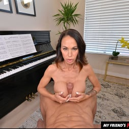 McKenzie Lee in 'VR Naughty America' likes to fuck her son's friend on the piano (Thumbnail 42)