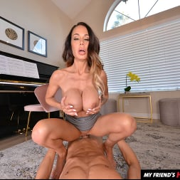 McKenzie Lee in 'VR Naughty America' likes to fuck her son's friend on the piano (Thumbnail 98)