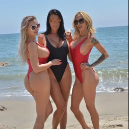 Nina Elle in 'VR Naughty America' Three hot babes go to town on the lifeguard's dick (Thumbnail 1)