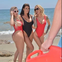 Nina Elle in 'VR Naughty America' Three hot babes go to town on the lifeguard's dick (Thumbnail 112)