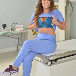 Nolina Nyx in 'VR Naughty America' Sexy nurse Nolina Nyx gives you a full medical exam while riding your big cock!!!! (Thumbnail 254)
