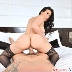 Rachel Starr in 'VR Naughty America' Porn Star Experience (Thumbnail 3)