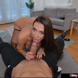 Rachel Starr in 'VR Naughty America' gives ZERO Fucks if you are married (Thumbnail 90)